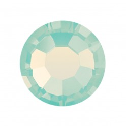 PRECIOSA THERMOADHESIVE SS20 (5 mm) CHRYSOLITE OPAl-Pack of 144
